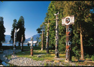 Stanley Park Totem Poles, © Tourism Vancouver